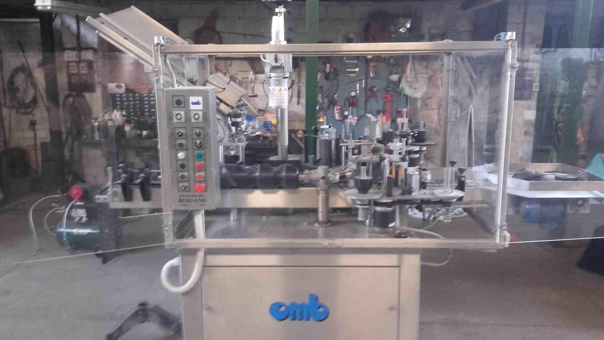 53013 - Etiquetadora adhesiva OMB - 2000 bot./h segunda mano